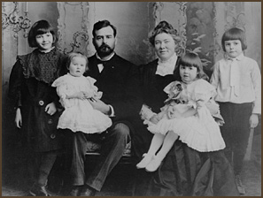 young Hemingway with his family