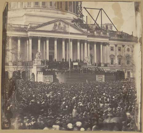 Black and white photo of the 1861 inauguration of Abraham Lincoln at the US Capitol.