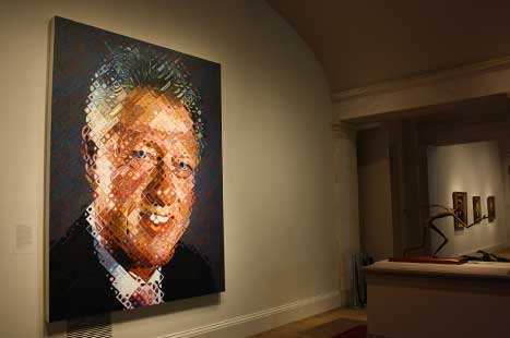 Painted portrait of Bill Clinton by Chuck Close