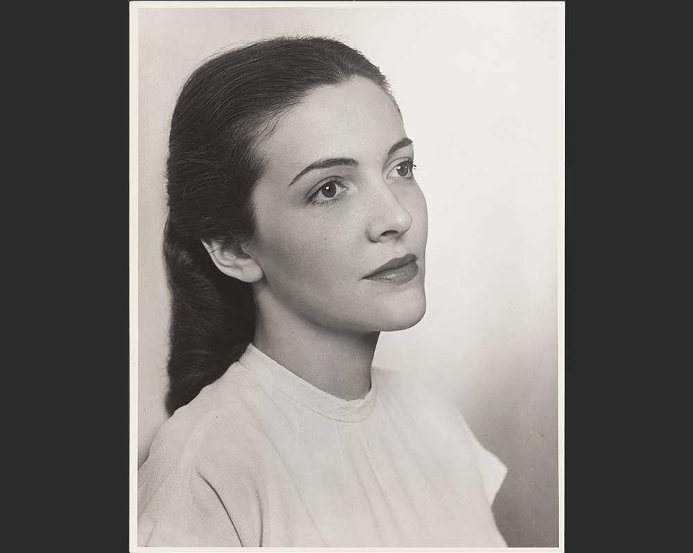 Photograph of Nancy Reagan as a young actress