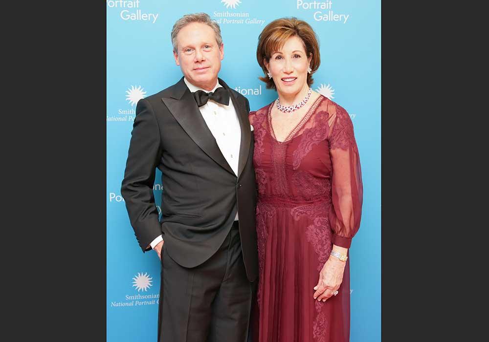 Presidentes Wayne y Catherine Reynolds en la Gala