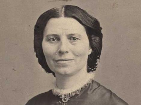 Formal photograph portrait of Clara Barton