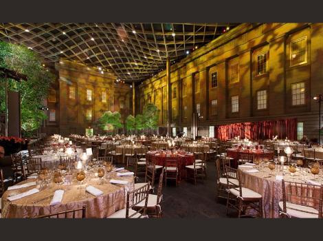 Elegant gold-themed dinner in teh Courtyard