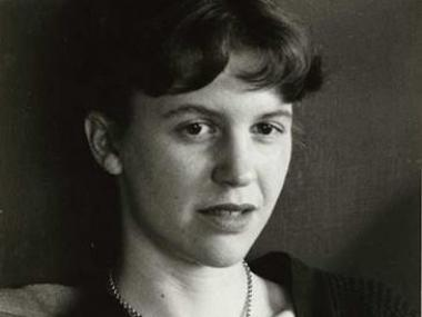 Black and white portrat headshot of Sylvia Plath